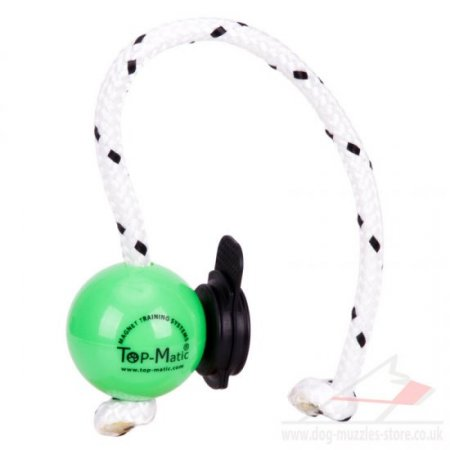 TOP MATIC Green Magnetic Dog Ball on Rope with Multi Power Clip