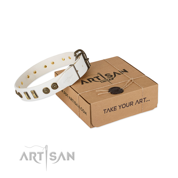 Box White Leather Large Dog Collar